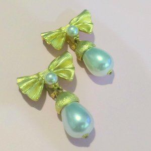 Vintage Bow and Pearl Drop Statement Clip Earrings